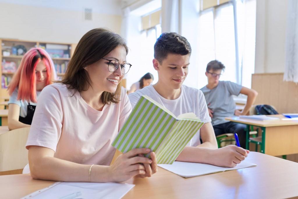 licenciatura-en-ciencias-la-educacion-docente